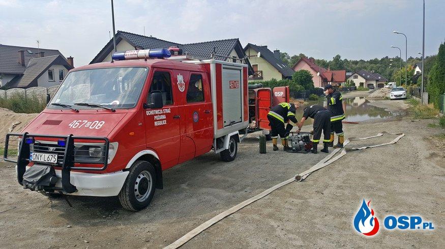 Usuwanie skutków deszczu OSP Ochotnicza Straż Pożarna