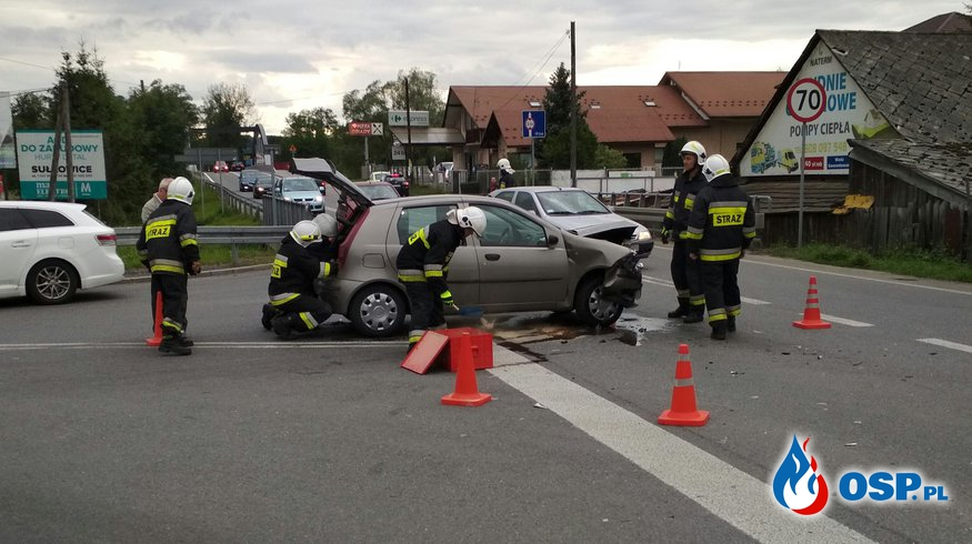 Wypadek na skrzyżowaniu w Biertowicach OSP Ochotnicza Straż Pożarna
