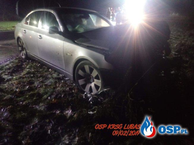 Czołowe zderzenie dwóch samochodów osobowych OSP Ochotnicza Straż Pożarna